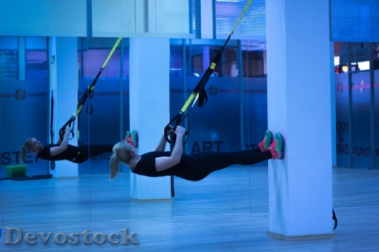 Devostock Beautiful Blond Girl Training Sport 4K.jpeg