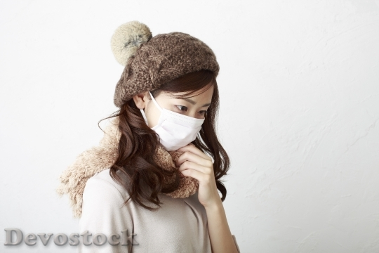 Devostock Beautiful Japanese woman Hat Snow Mask