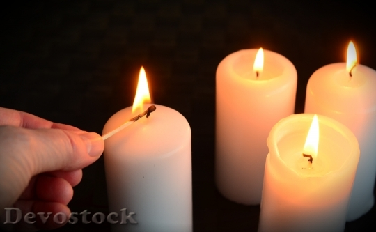 Devostock Candles Kindle Fourth Avent 4K