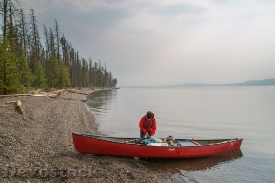 Devostock Canoeist Lake Yellowstone Water 1504 4K.jpeg