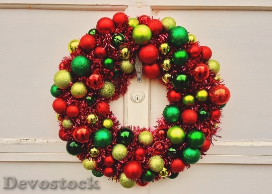 Devostock Christmas Wreath Holiday Decortion 4K