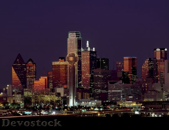 Devostock Dallas Texas Skyline Dusk 45182 4K.jpeg