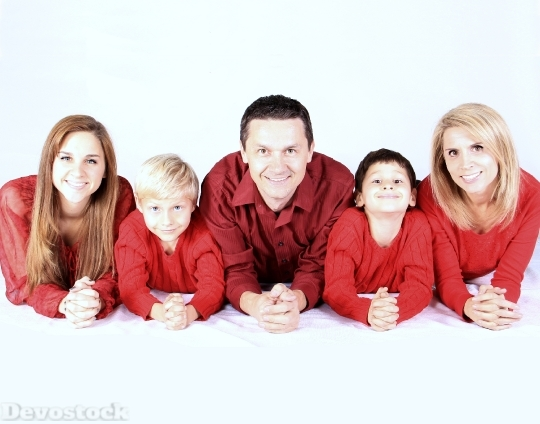 Devostock Family Kids Happy Pople 4K