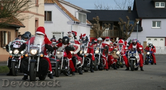 Devostock Father Christmas Motorcycles Bkers 4K