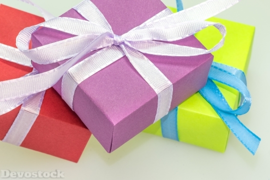 Devostock Gift Packages MadeLoop 4K