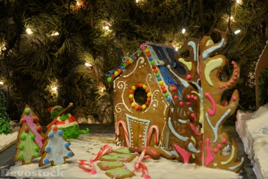 Devostock Gingerbread House Gingerbread 142450 4K