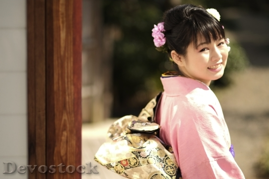 Devostock JAPANESE Girl Traditional Dress KIMONOS