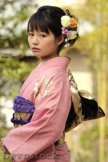 Devostock JAPANESE Girl Traditional Dress KIMONOS 3