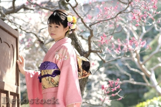 Devostock JAPANESE Girl Traditional Dress KIMONOS 4