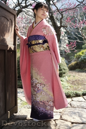 Devostock JAPANESE Girl Traditional Dress KIMONOS 6