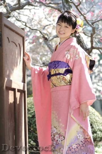 Devostock JAPANESE Girl Traditional Dress KIMONOS Smiling 2