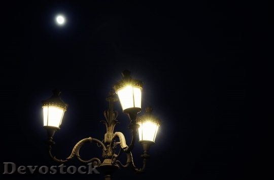 Devostock Lights Night Romantic Full Moon 4K