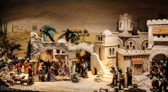 Devostock Nativity Scene Crib Chritmas 4K