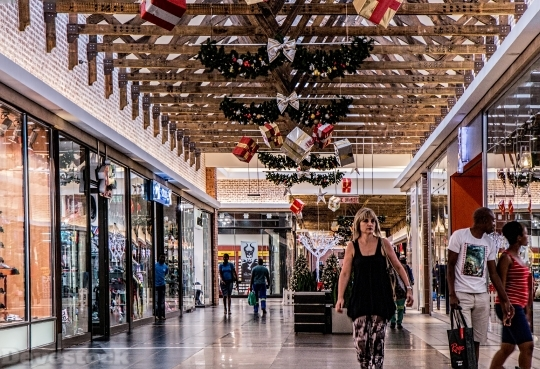 Devostock Shopping Mall Woman Shoping 4K
