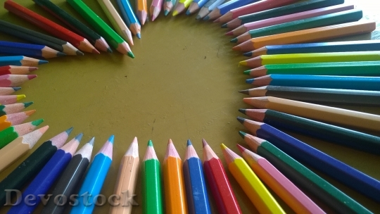 Devostock Wood Heart Pencil 46087 4K