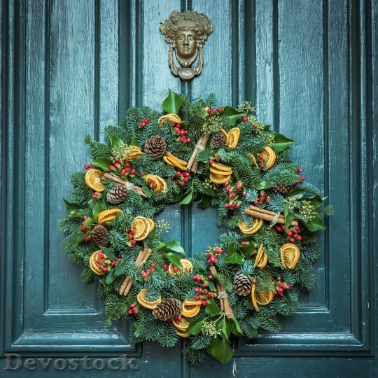 Devostock Wreath Door Christmas Decoraton 0 4K