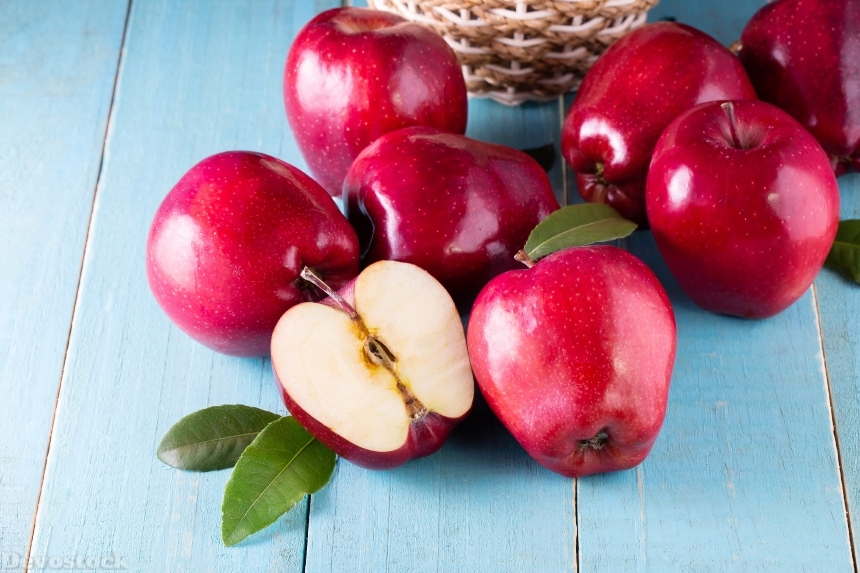 Devostock Apples Red 4K