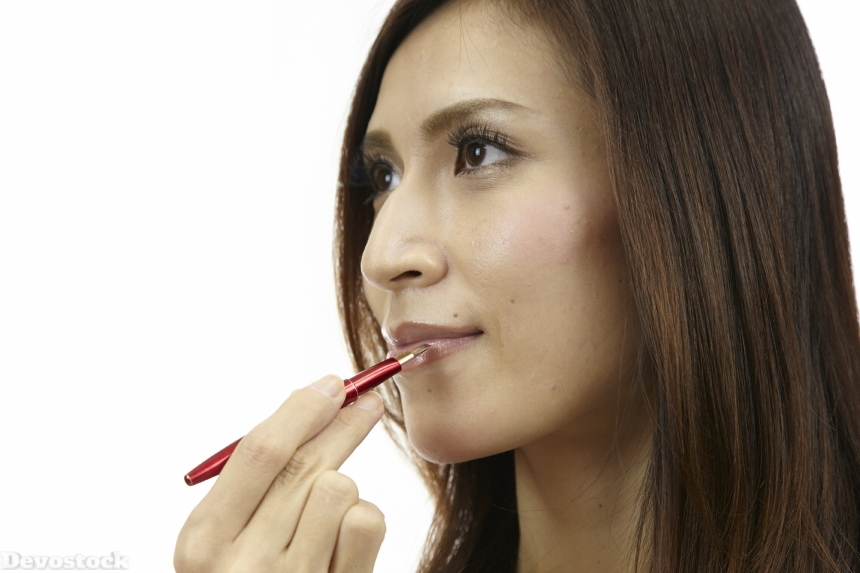 Devostock Asian Girl Makeup Lips Brush 4k