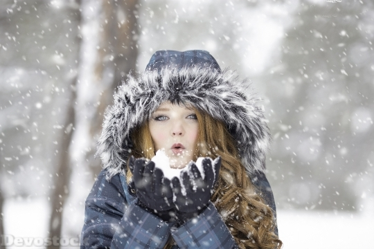 Devostock Beauiful Blonde Girl Cold Snow Kissing 4K