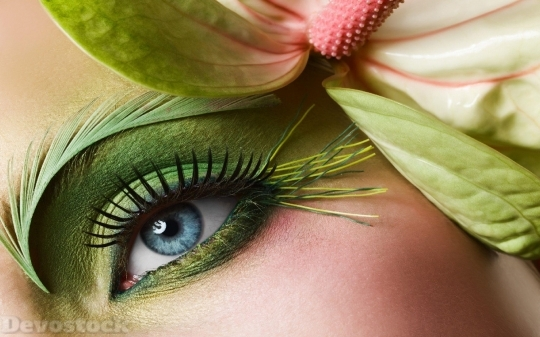 Devostock Beautiful Eyes Girl Green Blue Flower Makeup 4k