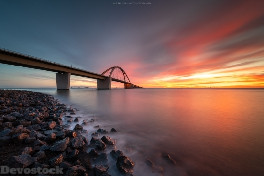 Devostock Bridge Sunset 8k 9x 4K