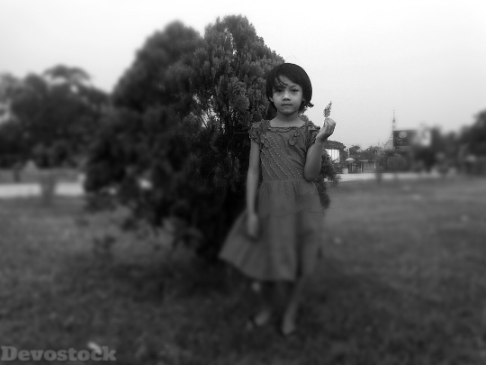 Devostock Child Girl Face Outdoors 0 4K