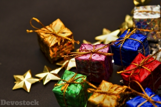 Devostock Christmas Gifts Boxes  Stars Colorful 4k