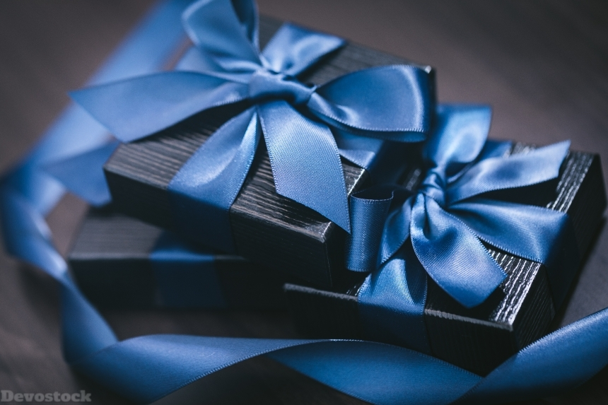 Devostock Dark Blue Gift Design Three Box 4k