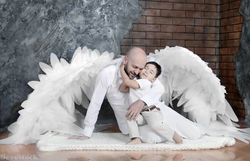 Devostock Father Wings Son Boy Care love Angel 4k