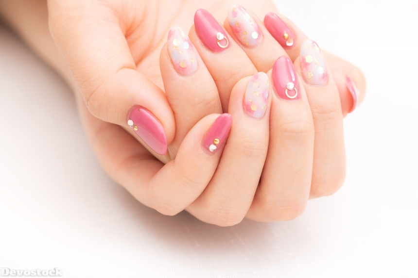Devostock Girl hands Fingers Nails Arts Pink Color 4k