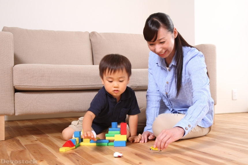 Devostock Mother Son Baby Love Compassion Indoor Playing Blocks 4k