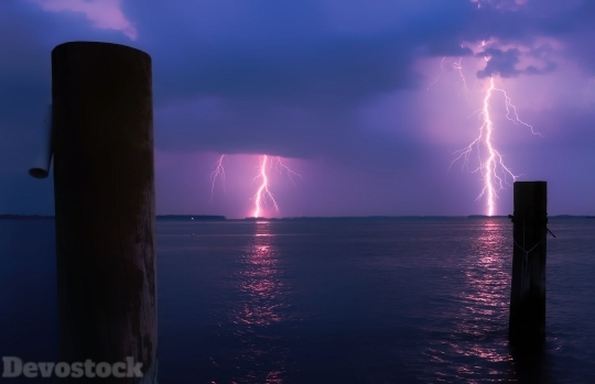 Devostock Nature View Lightning Sea 4K