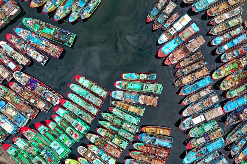 Devostock Outdoor Nature Aerial Shot Bird S Eye View Boats Colorful Boats 4k