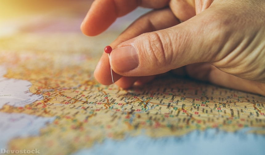 Devostock Pin Hand Map Travel World Plan 4k