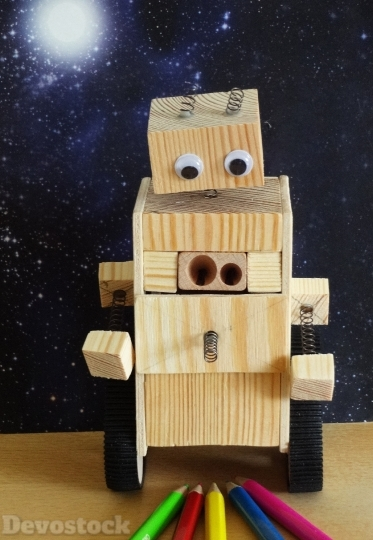 Devostock Robot Pencil Sharpener Wood 4K