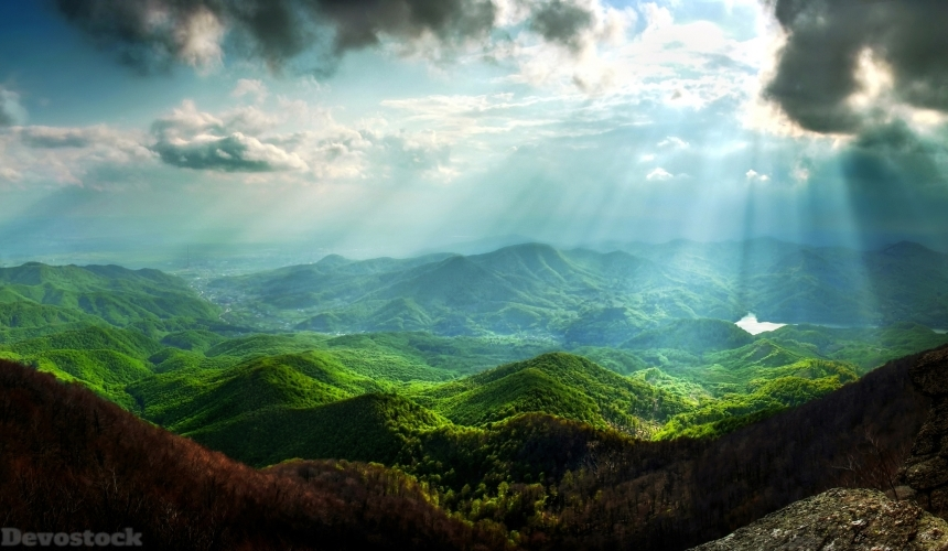 Devostock Scenery Mountains Sky Moss Clouds Rays Of Light 4K