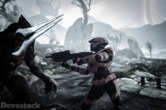 Devostock Science Fiction Robot Halo 4K