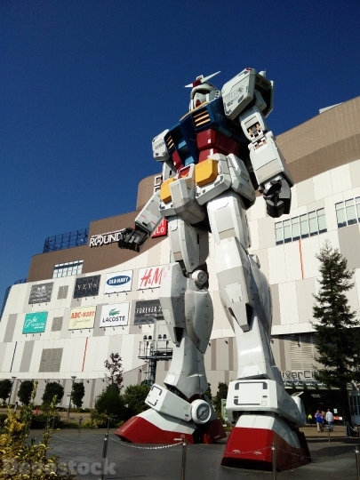 Devostock Transformer Robot Odaiba Japan 4K
