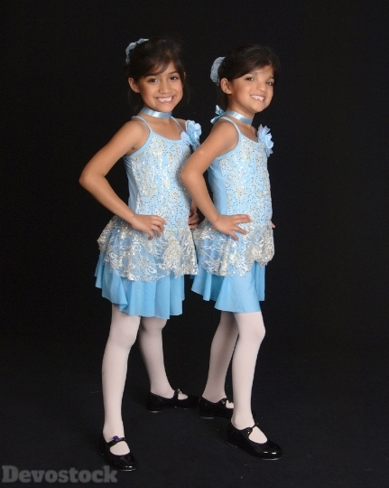 Devostock Twins Girls Recital Dancer 4K