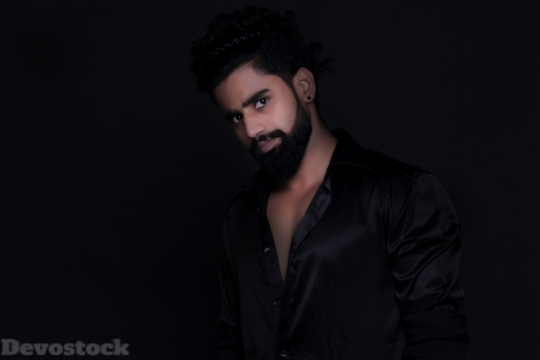 Devostock Young Man Beard Black 4K