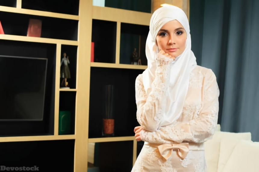 Top Hijab Images collection Muslim women Girls  (111)