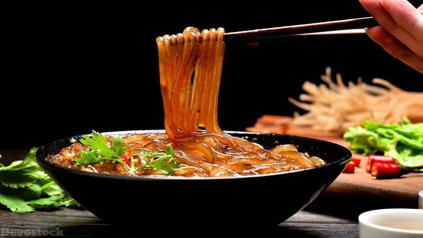 Devostock Chinese noodles / rice glass noodles