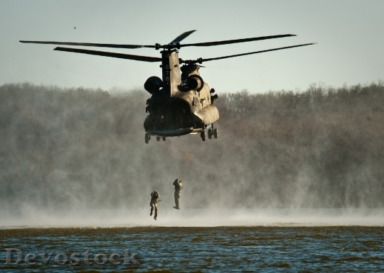 Devostock Helocasting Helicopter Water Military 37828.jpeg