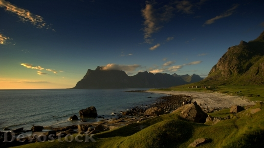 Devostock Impressive Ultra HD Landscape Wallpaper (915)