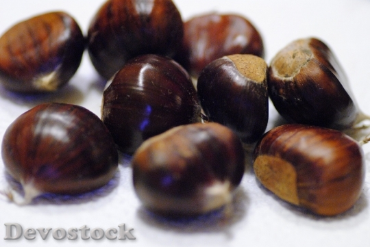 Devostock Chestnut Nuts Seeds Natural