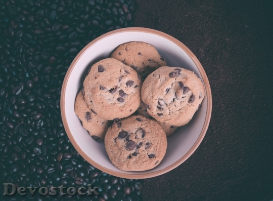 Devostock Chocolate Chip Cookies Bowl